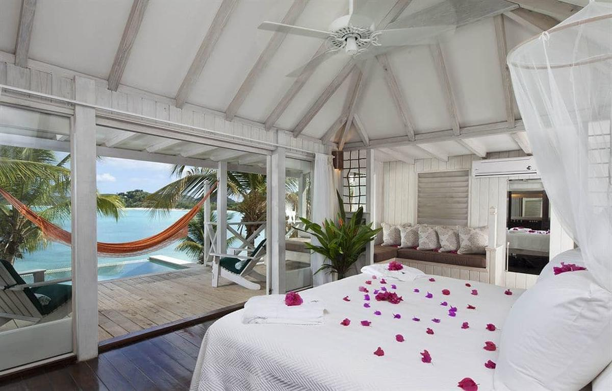 content/hotel/Antigua hotelek/Cocobay Resort/Accommodation/Deluxe Cottage/cocobayresort-acc-deluxecottage-01.jpg