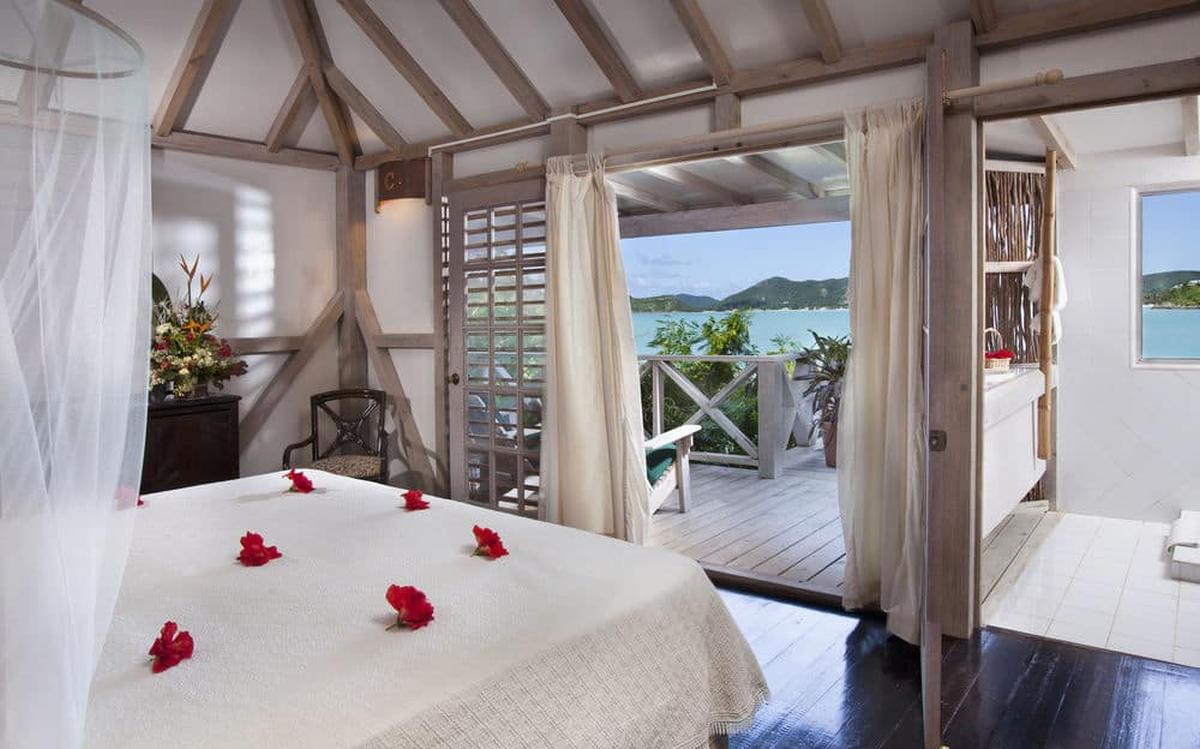 content/hotel/Antigua hotelek/Cocobay Resort/Accommodation/Deluxe Cottage/cocobayresort-acc-deluxecottage-02.jpg