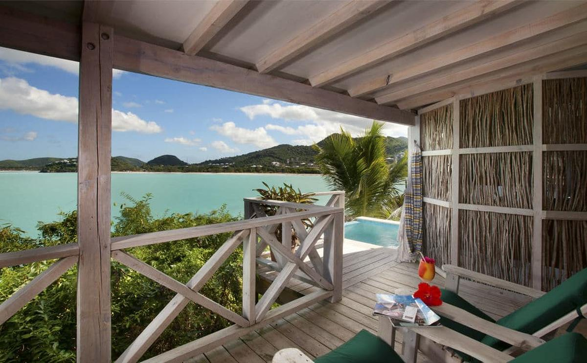 content/hotel/Antigua hotelek/Cocobay Resort/Accommodation/Deluxe Pool Cottage/cocobayresort-acc-deluxepoolcottage-02.jpg