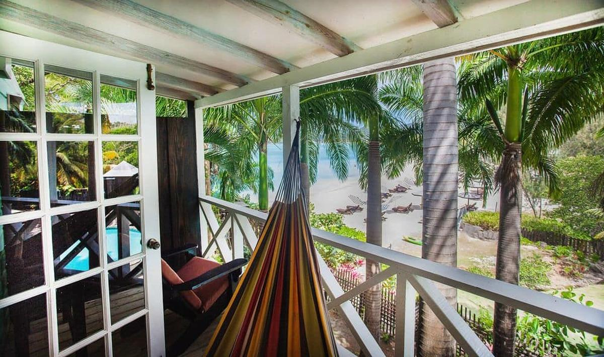 content/hotel/Antigua hotelek/Cocos Hotel/Accommodation/PoolBeachview Cottage/cocoshotel-acc-poolbeachviewcottage-02.jpg