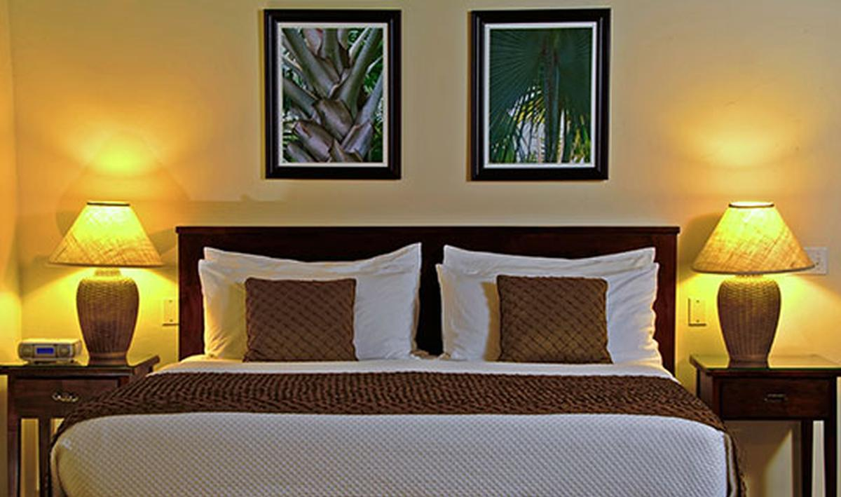 content/hotel/Antigua hotelek/Galley Bay Resort/Accommodation/Premium Beachfront Suite/galleybayresort-acc-premiumbeachfrontsuite-04.jpg