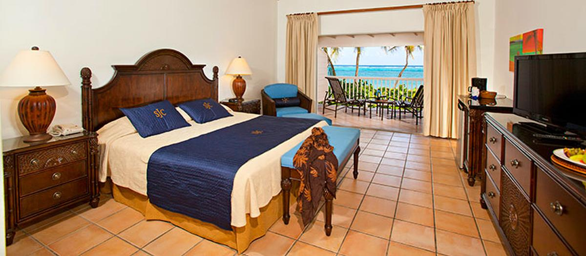 content/hotel/Antigua hotelek/St. James Club and Villas/Accommodation/Beachfront Room/stjamesclubandvillas-acc-beachfrontroom-03.jpg