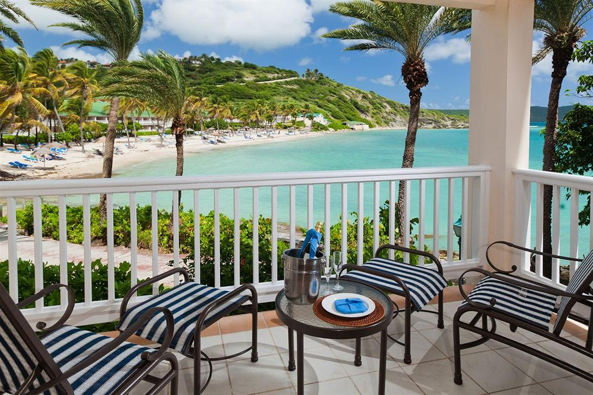 content/hotel/Antigua hotelek/St. James Club and Villas/Accommodation/Club Room/stjamesclubandvillas-acc-clubroom-02.jpg