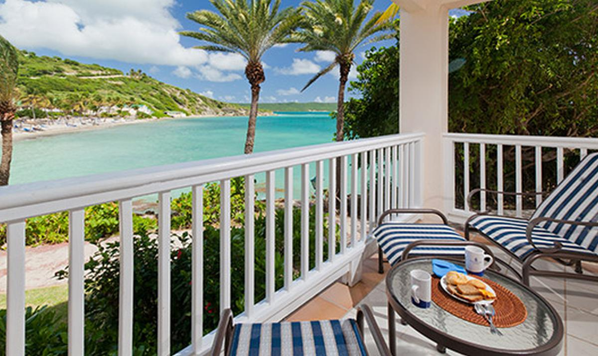 content/hotel/Antigua hotelek/St. James Club and Villas/Accommodation/Premium Oceanview Room/stjamesclubandvillas-acc-premiumoceanviewroom-03.jpg