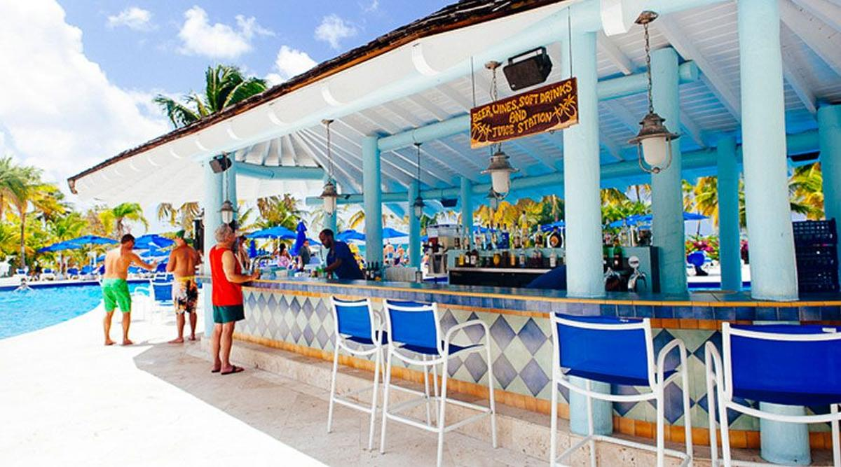 content/hotel/Antigua hotelek/St. James Club and Villas/Dining/stjamesclubandvillas-dining-01.jpg
