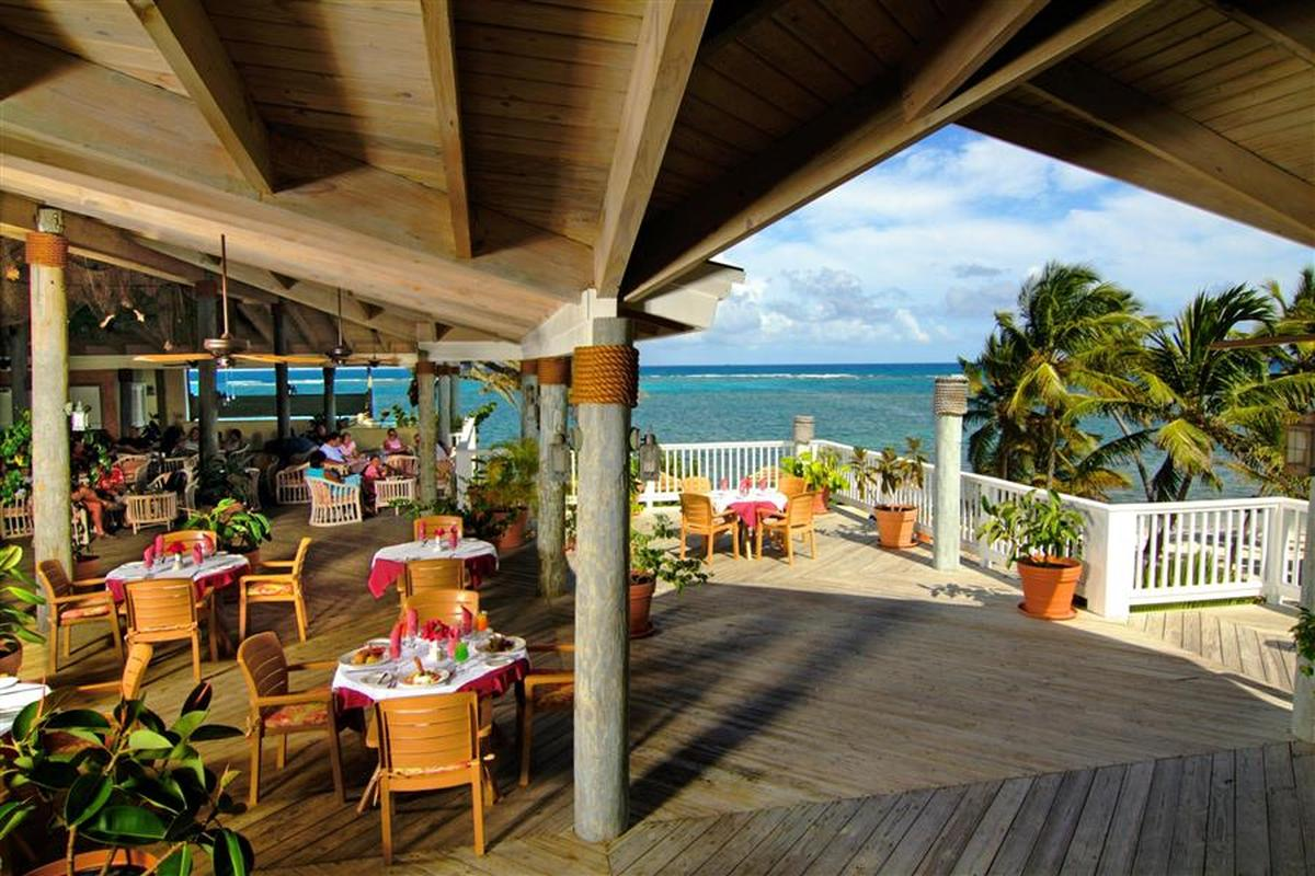 content/hotel/Antigua hotelek/St. James Club and Villas/Dining/stjamesclubandvillas-dining-03.jpg