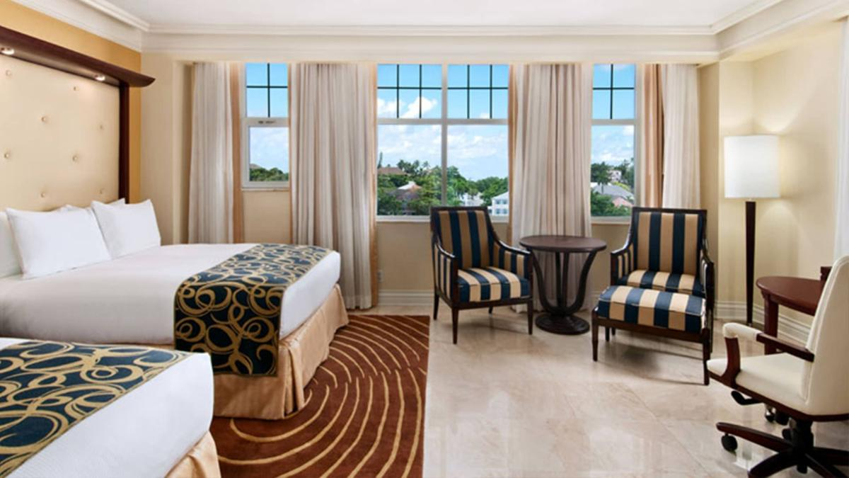 content/hotel/Bahama-szigetek hotelek/British Colonial Hilton Nassau/Accommodation/King Executive Cityview or Harbourview Room/britishcolonialhiltonnassau-acc-kingexecutivecityviewharbourviewroom-01.jpg