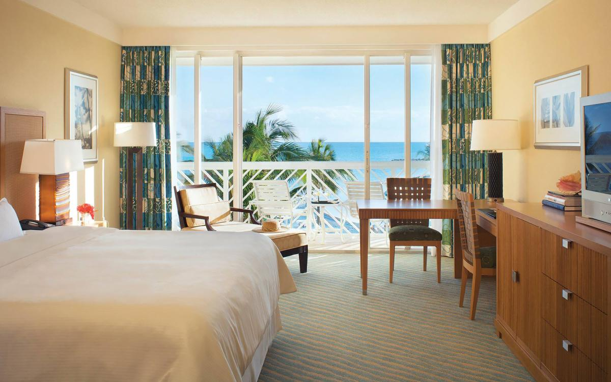 content/hotel/Bahama-szigetek hotelek/Lighthouse Pointe at Grand Lucayan/Accommodation/Oceanview Room/lighthousepointeatgrandlucayan-acc-oceanviewroom-01.jpg