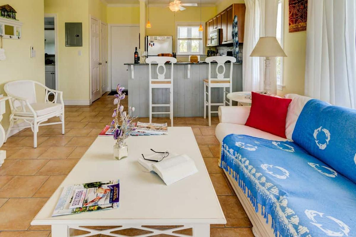 content/hotel/Bahama-szigetek hotelek/Pineapple Fields/Accommodation/One Bedroom Condo downstairs/pineapplefields-acc-onebedroomcondodownstairs-03.jpg