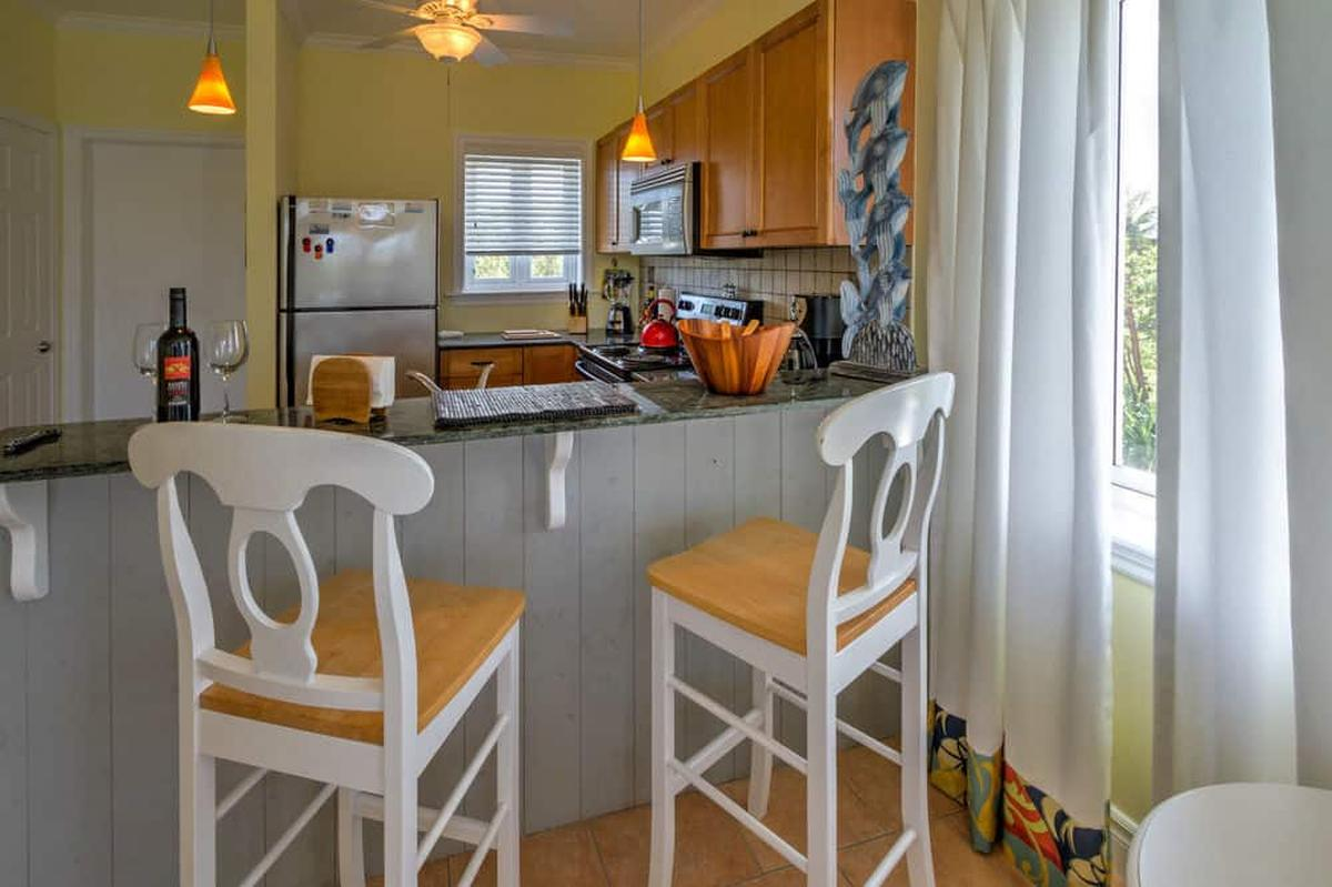 content/hotel/Bahama-szigetek hotelek/Pineapple Fields/Accommodation/One Bedroom Condo upstairs/pineapplefields-acc-onebedroomcondoupstairs-02.jpg