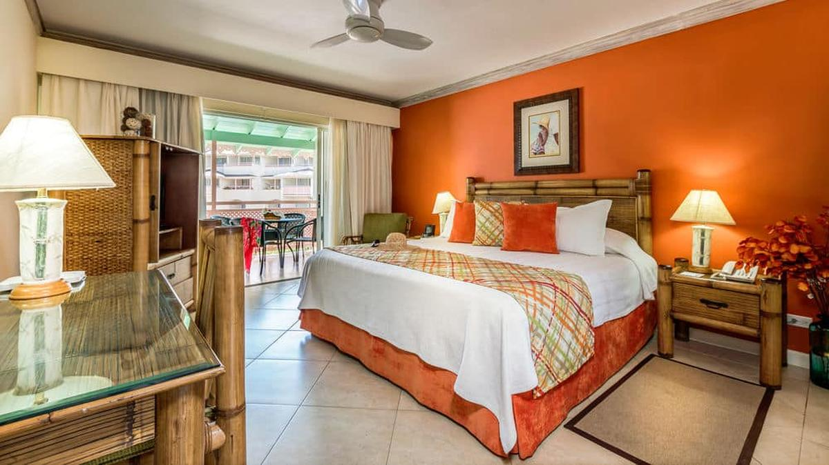 content/hotel/Barbados hotelek/Bougainvillea Beach Resort/Accommodation/Deluxe Studio/bougainvilleabeachresort-acc-deluxestudio-01.jpg