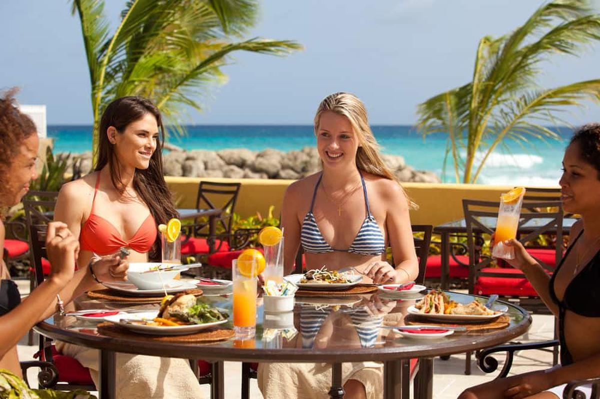 content/hotel/Barbados hotelek/Ocean Two Resort and Residence/Dining/oceantworesortandresidence-dining-03.jpg
