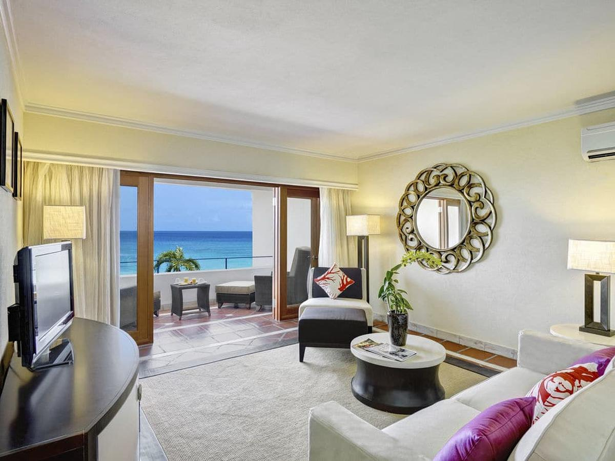 content/hotel/Barbados hotelek/The House by Elegant Hotels/Accommodation/Oceanview One Bedroom Suite/thehousebyeleganthotels-acc-oceanviewonebedroomsuite-01.jpg