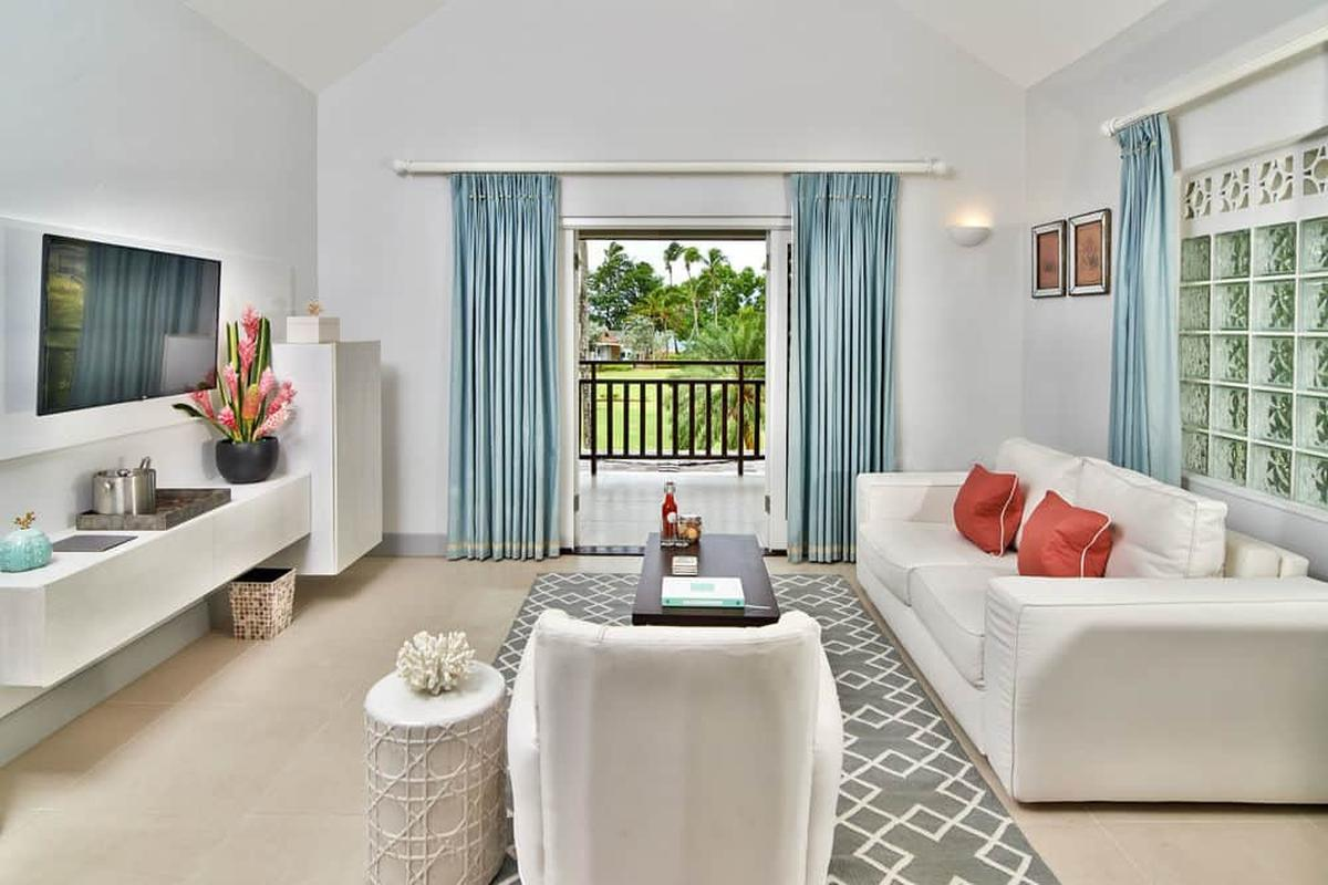 content/hotel/Grenada hotelek/Calabash Grenada Hotel Resort and Spa/Accommodation/Junior Suite/calabashgrenadahotelresortandspa-acc-juniorsuite-02.jpg