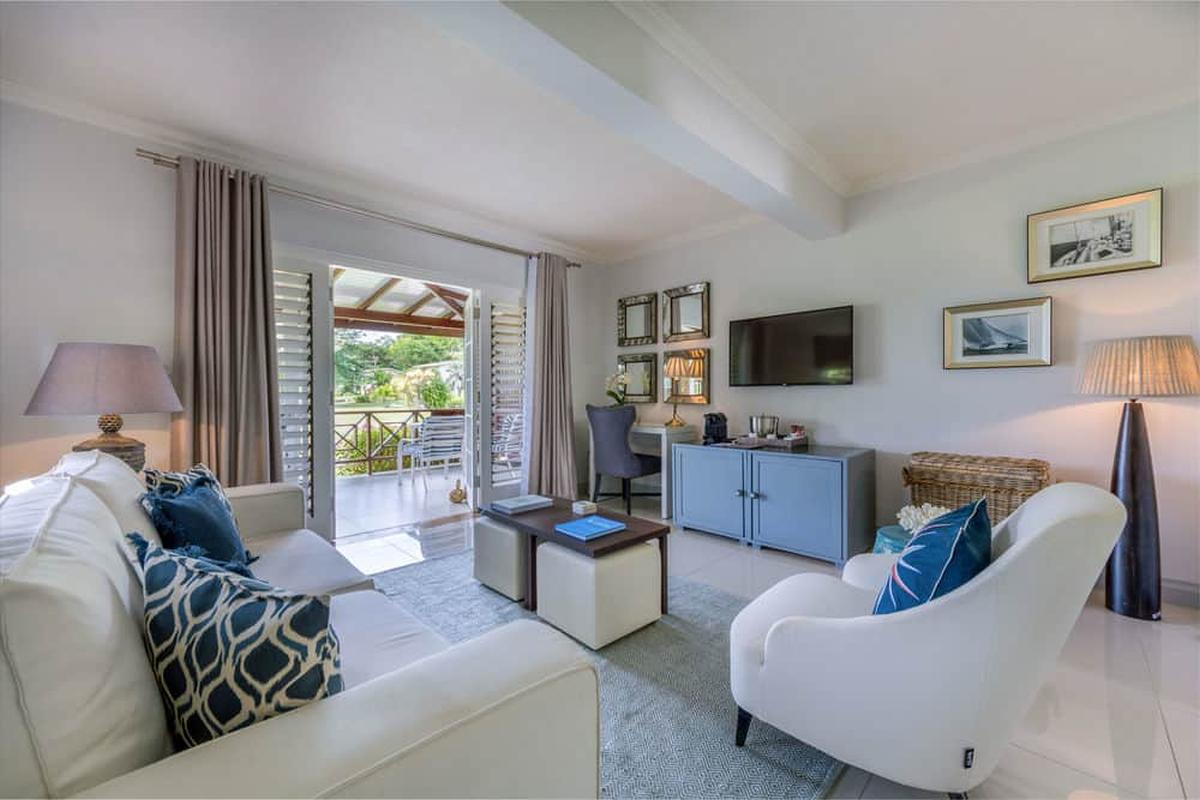 content/hotel/Grenada hotelek/Calabash Grenada Hotel Resort and Spa/Accommodation/One Bedroom Pool Suite/calabashgrenadahotelresortandspa-acc-onebedroompoolsuite-03.jpg