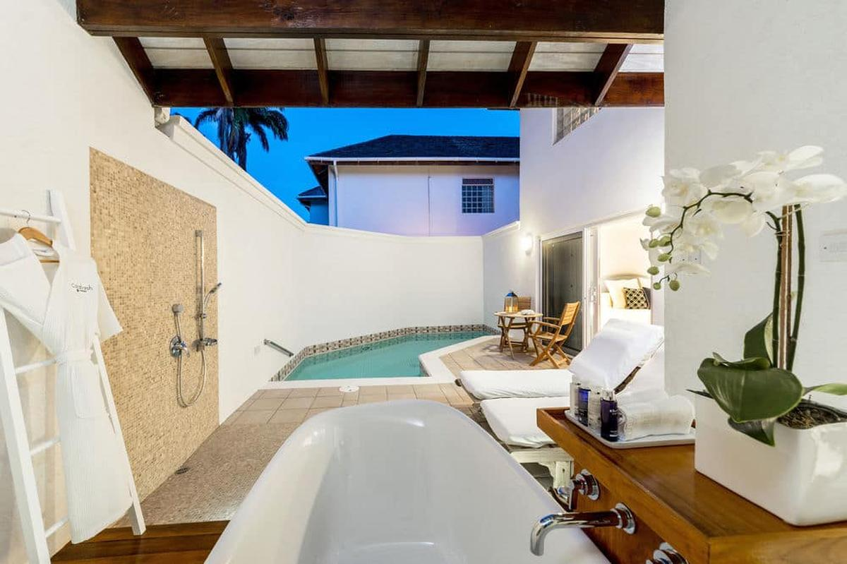 content/hotel/Grenada hotelek/Calabash Grenada Hotel Resort and Spa/Accommodation/One Bedroom Pool Suite/calabashgrenadahotelresortandspa-acc-onebedroompoolsuite-04.jpg