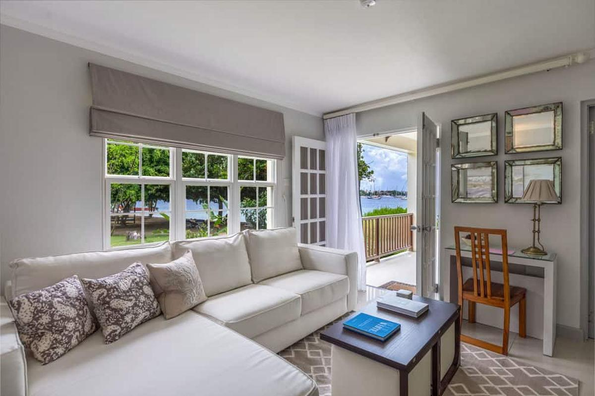 content/hotel/Grenada hotelek/Calabash Grenada Hotel Resort and Spa/Accommodation/One Bedroom Superior Suite/calabashgrenadahotelresortandspa-acc-onebedroomsuperiorsuite-02.jpg