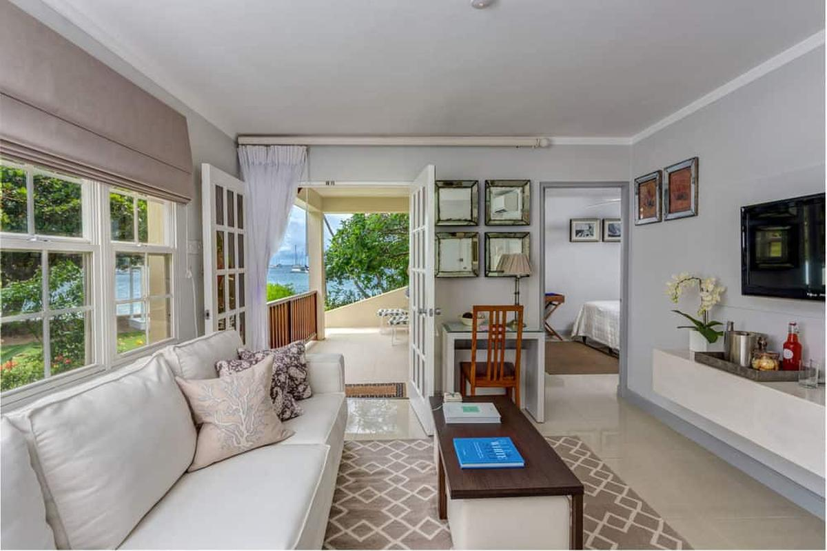 content/hotel/Grenada hotelek/Calabash Grenada Hotel Resort and Spa/Accommodation/One Bedroom Superior Suite/calabashgrenadahotelresortandspa-acc-onebedroomsuperiorsuite-03.jpg