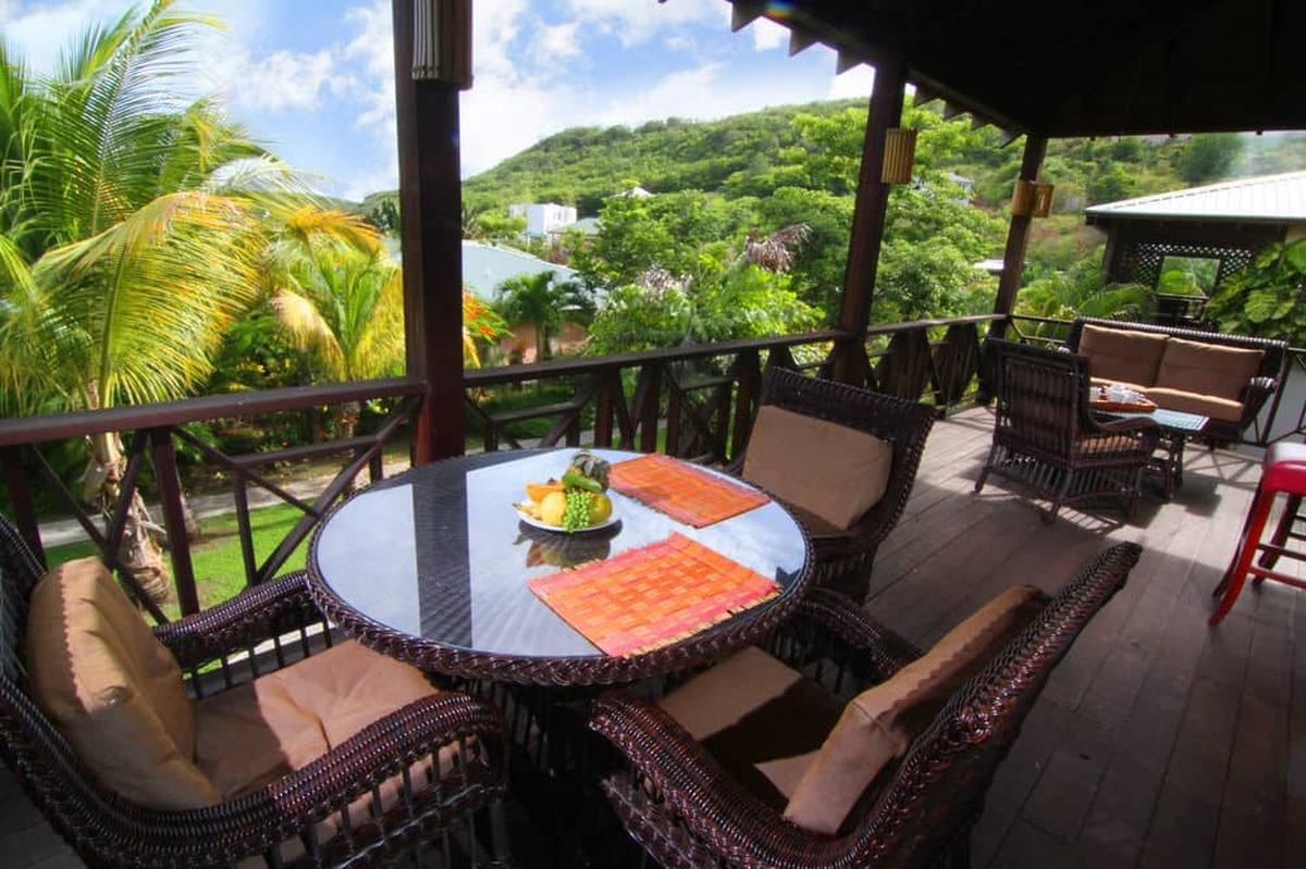 content/hotel/Grenada hotelek/Le Phare Bleu Marina and Boutique Hotel/Accommodation/One Bedroom Upper Floor Apartment/lepharebleumarinaandboutiquehotel-acc-onebedroomupperfloorapartment-01.jpg