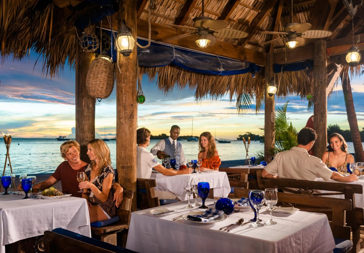 content/hotel/Sandals Negril/Dining/sandalsnegril-dining-04.jpg