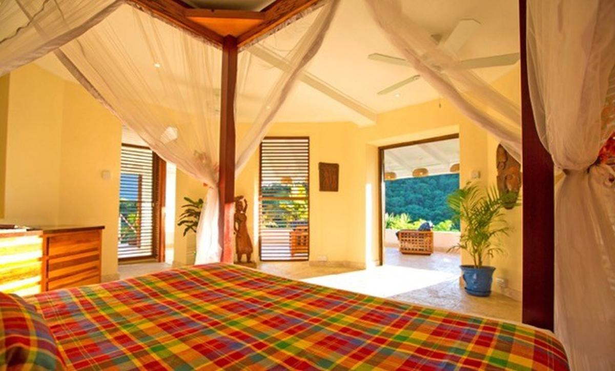 content/hotel/St. Lucia hotelek/Anse Chastanet/Accommodation/Casuarina Piton Pool Suite/ansechastanet-acc-casuarinapitonpoolsuite-02.jpg