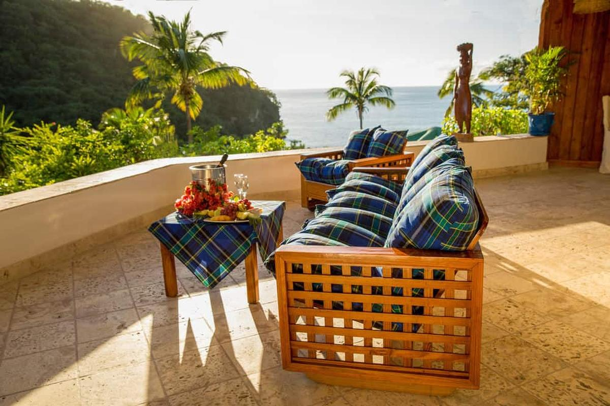 content/hotel/St. Lucia hotelek/Anse Chastanet/Accommodation/Casuarina Piton Pool Suite/ansechastanet-acc-casuarinapitonpoolsuite-03.jpg