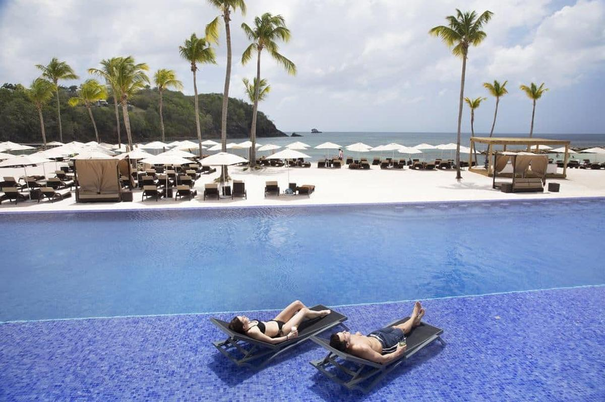 content/hotel/St. Lucia hotelek/Royalton Saint Lucia Resort and Spa/Our/royaltonsaintluciaresortandspa-our-03.jpg