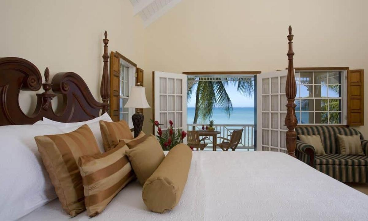 content/hotel/St. Lucia hotelek/Villa Beach Cottages/Accommodation/Standard One Bedroom Villa Suite (lower)/villabeachcottages-acc-standardonebedroomvillasuitelower-02.jpg