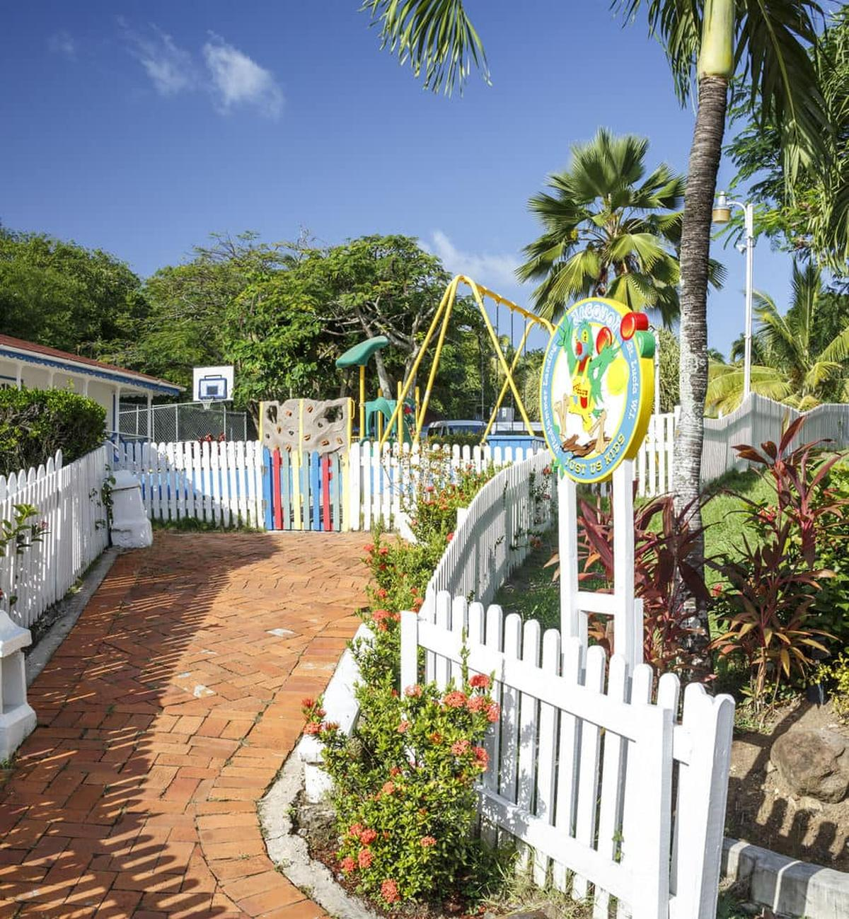 content/hotel/St. Lucia hotelek/Windjammer Landing Villa Beach Resort/Our/windjammerlandingvillabeachresort-our-02.jpg